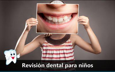 Revisión dental para niños